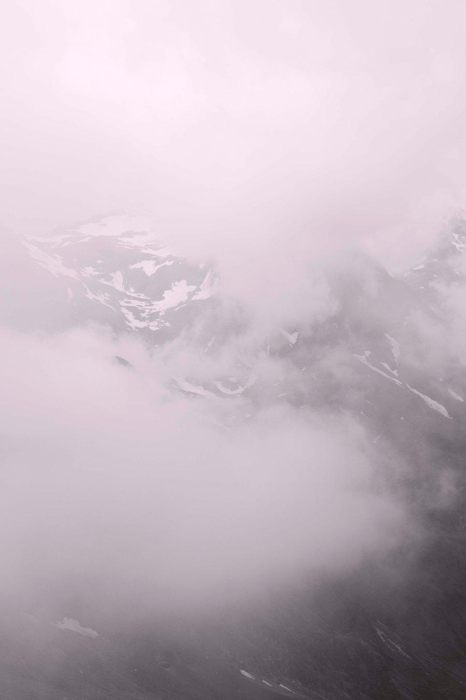 Secret Mountain | An imaginary hike (4 of 138)